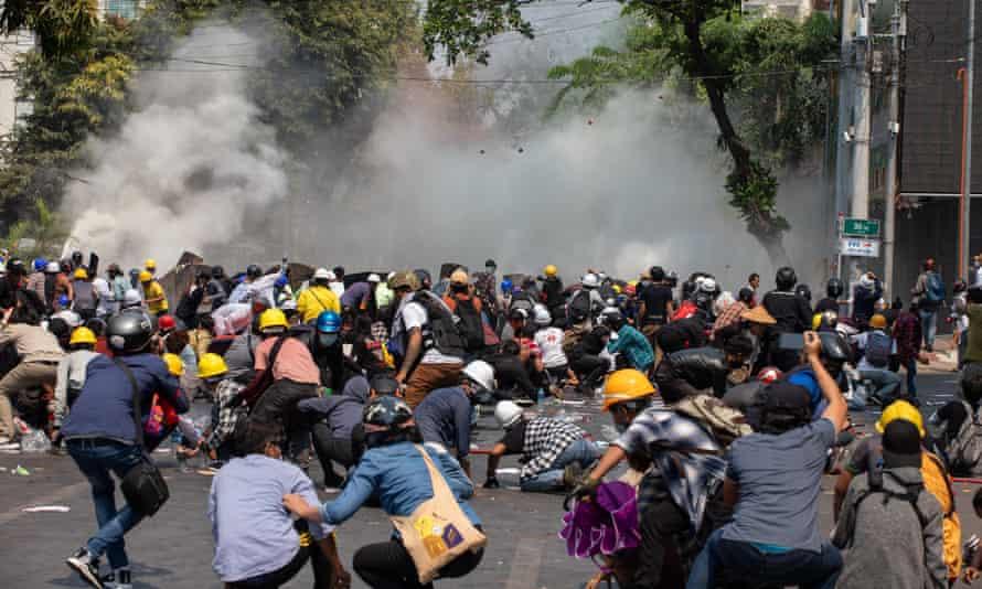 Đức Giáo Hoàng kêu gọi chấm dứt bạo lực chống lại người Myanmar biểu tình