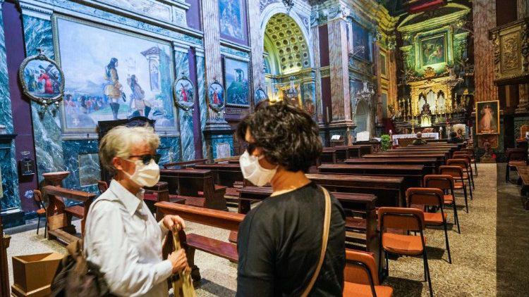 Ý: Các Thánh lễ, cử hành phụng tự có sự tham dự của giáo dân sẽ trở lại vào ngày 18/5