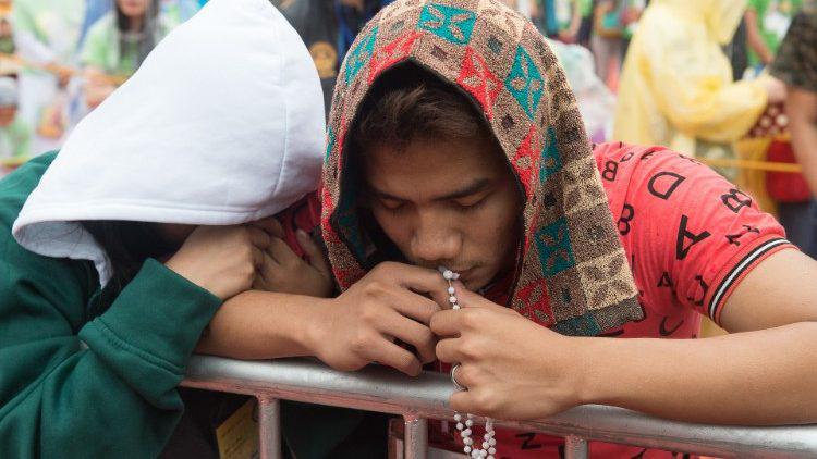 """Philippines: Ba Tuần Cầu nguyện đểcầu xin """"chữa lành quốc gia"""""""