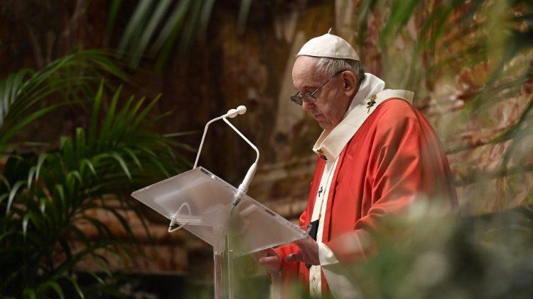 Đức Thánh Cha trong buổi đọc Kinh Truyền Tin: GIỐNG NHƯ ĐỨC MARIA, CHÚNG TA PHẢI ĐI THEO CHÚA GIÊSU