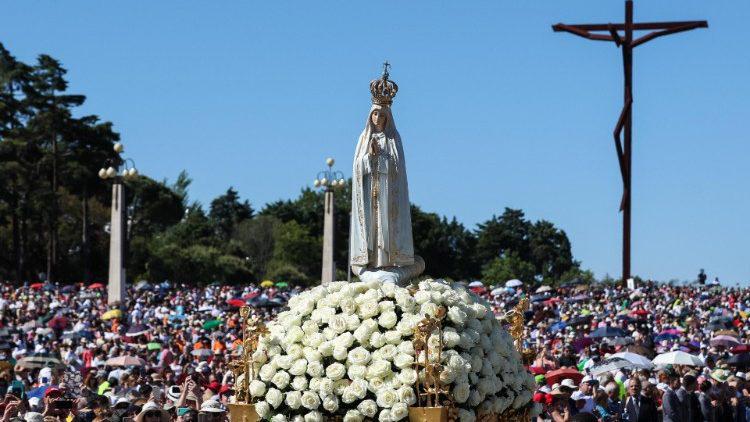 Ngày Lễ Đức Mẹ Fatima tại Bồ Đào Nha được tổ chứcnhưng không có giáo dân tham dự