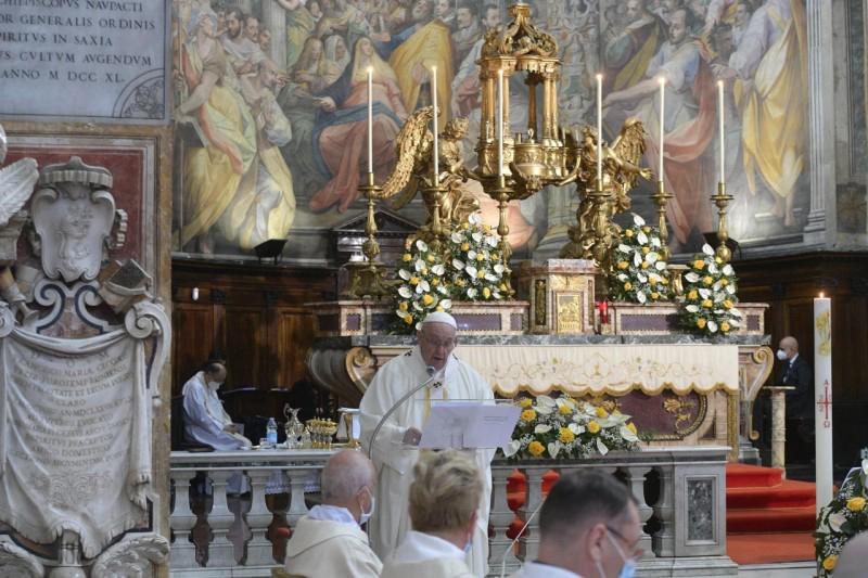 ĐTC Phanxicô: ĐÓN NHẬN LÒNG THƯƠNG XÓT, HÃY TRỞ NÊN CÓ LÒNG XÓT THƯƠNG - Bài giảng  Thánh Lễ Kính LCTX