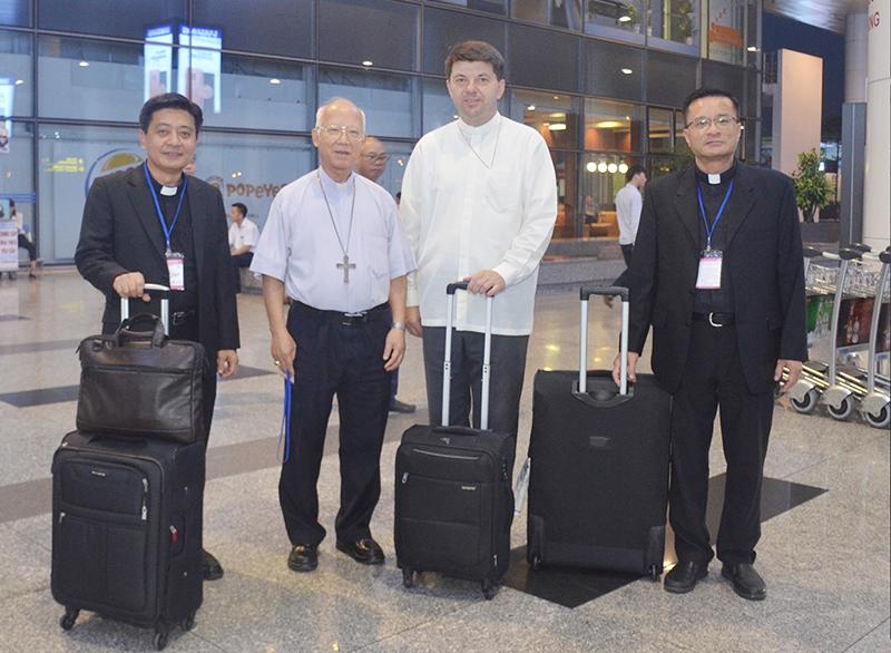 Đức Tổng Giám mục Marek Zalewski đã chính thức đến thăm Việt Nam.