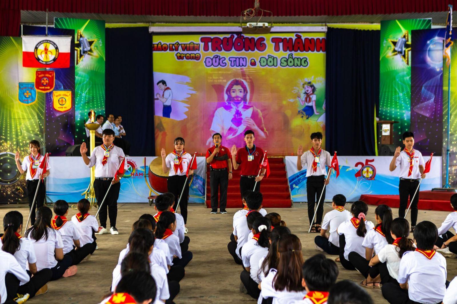 Xuân Lộc: Khóa Đuốc Hồng Huấn luyện Giáo lý viên cấp Giáo Phận 7/2020