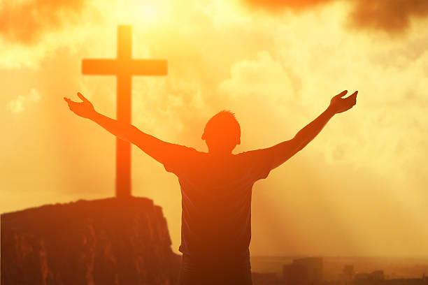 MỘT TÔI, MỘT CHỦ. Suy niệm Lời Chúa Thứ Bảy Tuần XI Thường Niên.