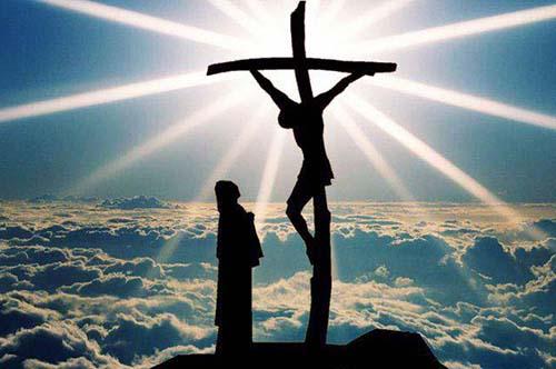 LỄ SUY TÔN THÁNH GIÁ : SUY TÔN TÌNH YÊU