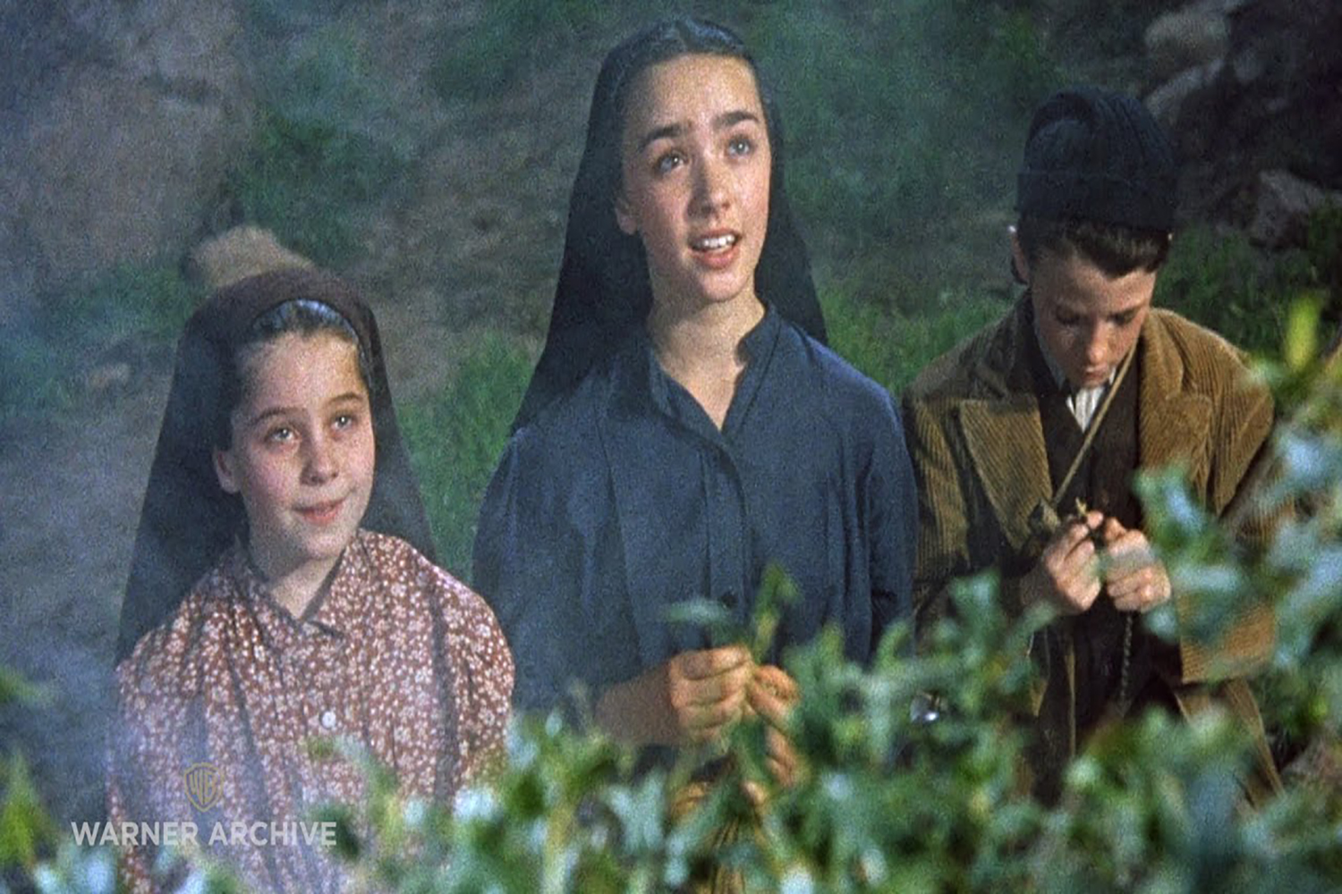 The Miracle Of Our Lady Of Fatima (1952) – Blessed Mother`s First Appearance